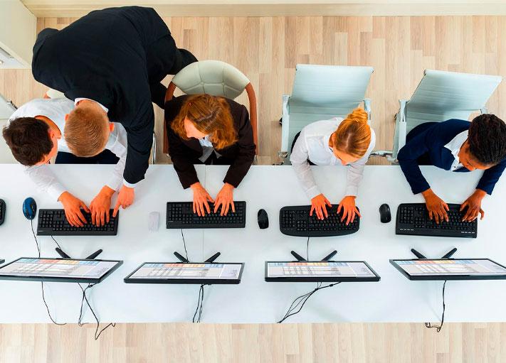 Cómo las empresas atraen a los mejores empleados