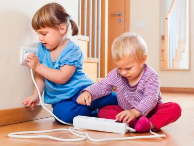 Soluciones Electrón: ¿Cómo proteger a los niños de los riesgos eléctricos?