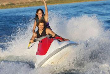 Consejos para alquilar motos de agua en Ibiza