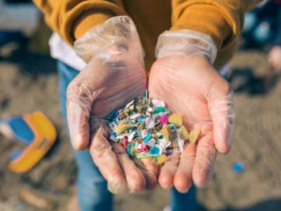 Una tecnología capaz de eliminar el microplásticos del agua gana el eAwards Spain 2021 de fundación everis
